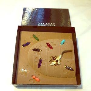 Joan Rivers interchangeable bee brooch box set